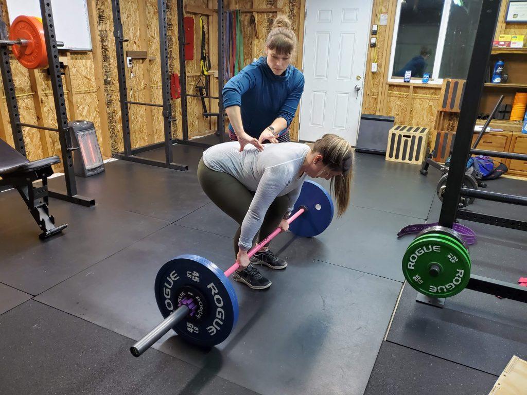 Guiding posture on deadlift